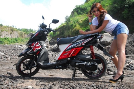 wpid-cewek-motor-yamaha-x-ride.jpg