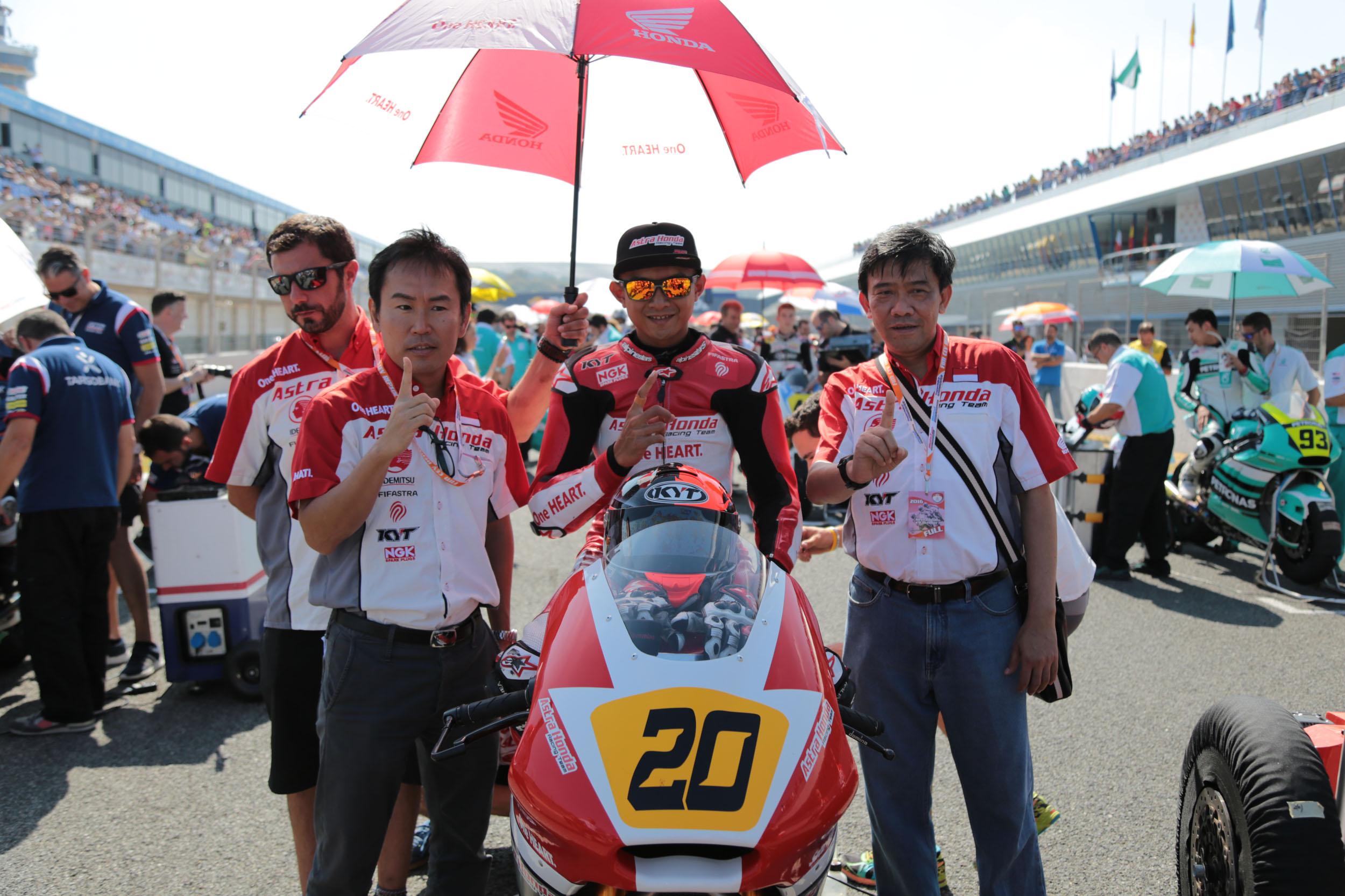 Dimas Ekky Berhasil Raih 5 Besar di Ajang CEV Moto2 Seri Jerez
