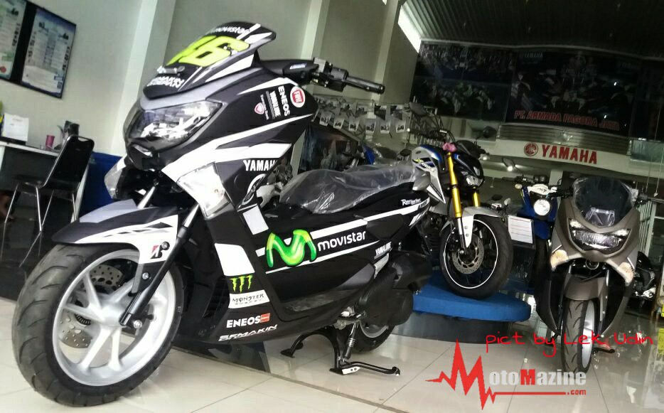 nmax decal movistar  kreasi dealer  memang jempolan