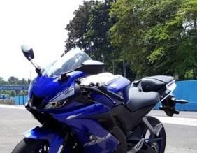 Copy of all-new-Yamaha-R15-630x420.jpg