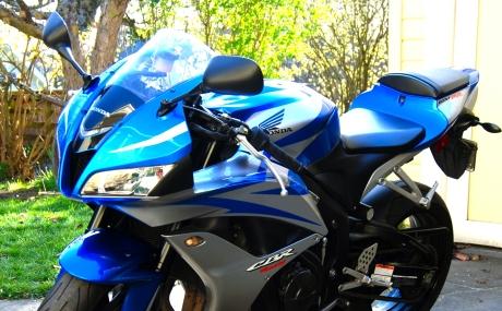 Copy of Blue_2007_Honda_CBR600RR_left_front.jpg