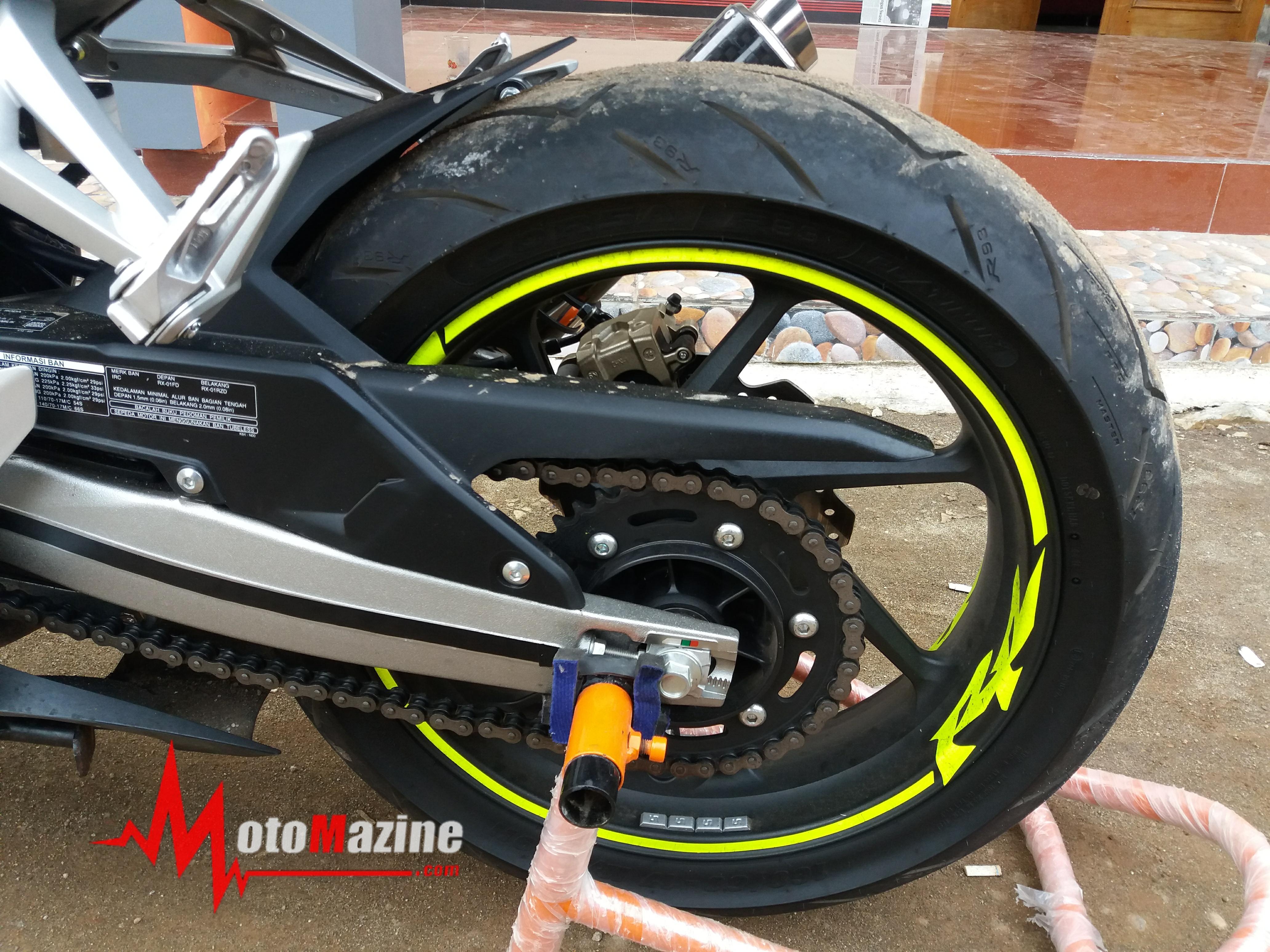 Modifikasi All New Honda CBR250RR Ala Yamaha M1 Rossi 2013