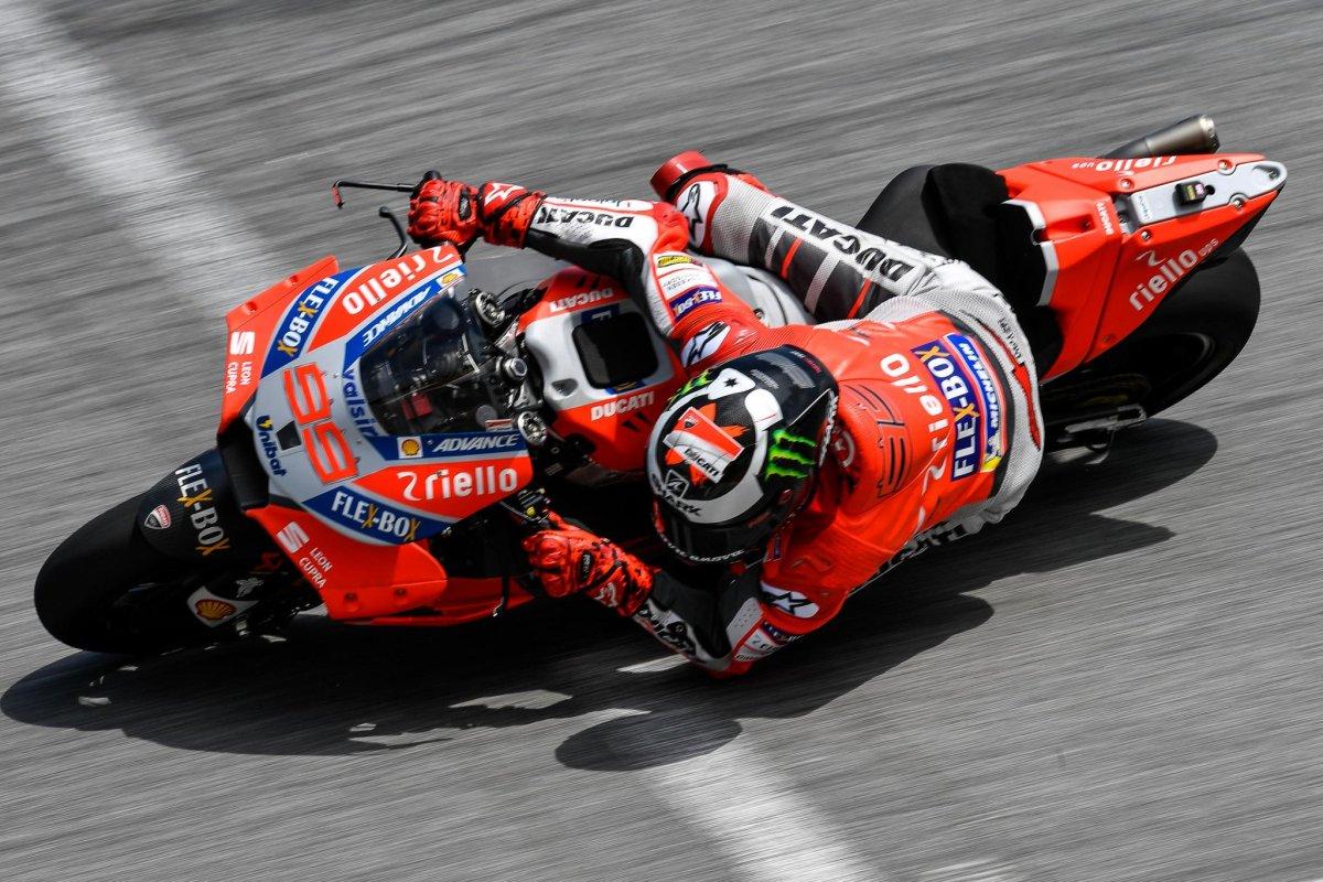 Jika Monster Energy Benar Bawa Lorenzo ke Suzuki, Lantas Piye NasibnyaIannone?