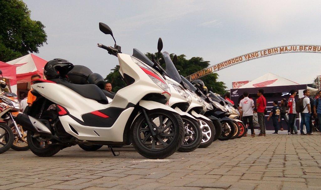 Launching All New Honda PCX150 di Ponorogo dipenuhi Riuh Sesak Pecinta Honda. Indikasi PCX diterima denganApik?