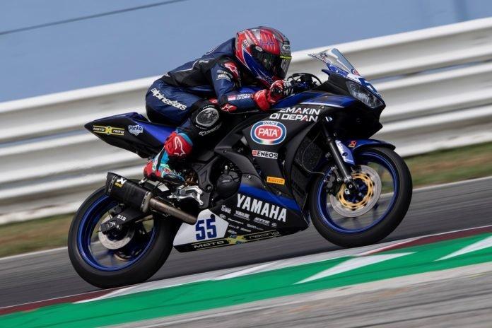 Yamaha Sepertinya ingin Tonjolkan Kenyamanan Pada R25 Facelift-nya, Racing NomorSekian!