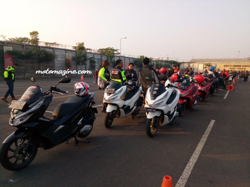 Enjoy First Class On The Road, 200 Komunitas PCX Jatim Gas keSelorejo