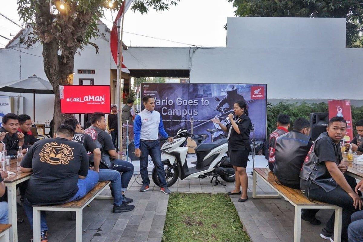 Vario Goes to Kampus, Ajak 140 Mahasiswa dan Komunitas Honda di Jatim untuk Seru-seruanBareng