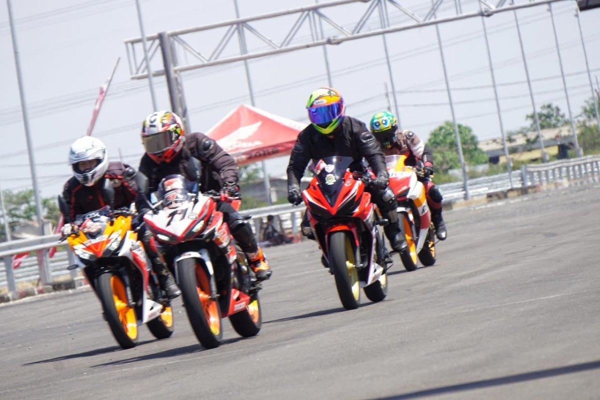 MPM Ajak Komunitas Honda CBR Track Day Seri 2 di SirkuitGBT